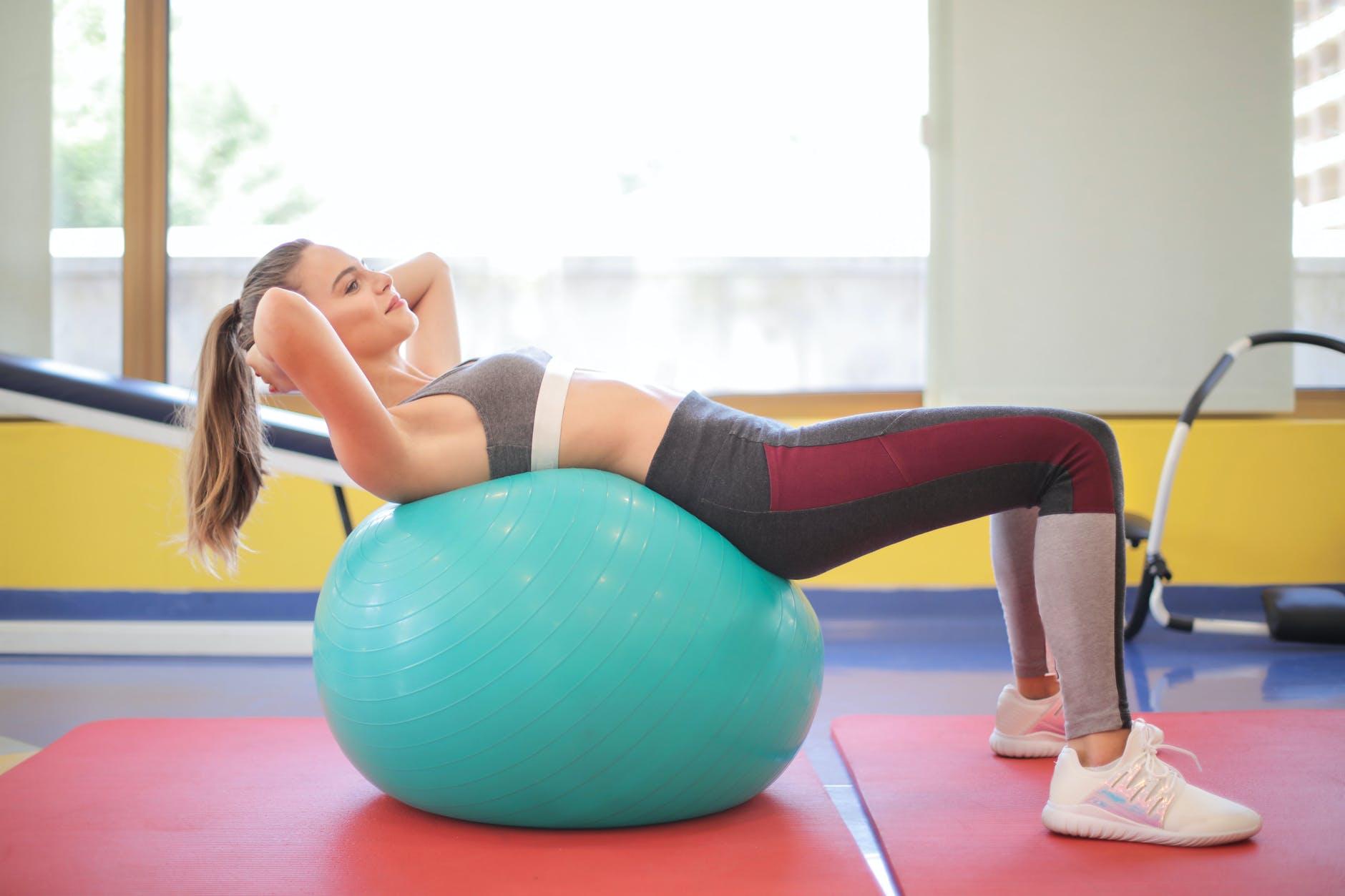 Yogaball: Dette er de beste ballene å bruke til yoga