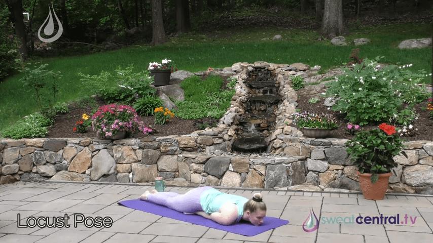 Bikram Yoga Class 30 Minutes. All 26 Bikram Yoga Postures 19 9 screenshot