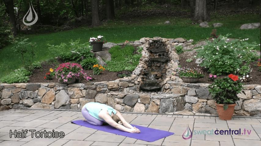 Bikram Yoga Class 30 Minutes. All 26 Bikram Yoga Postures 23 38 screenshot