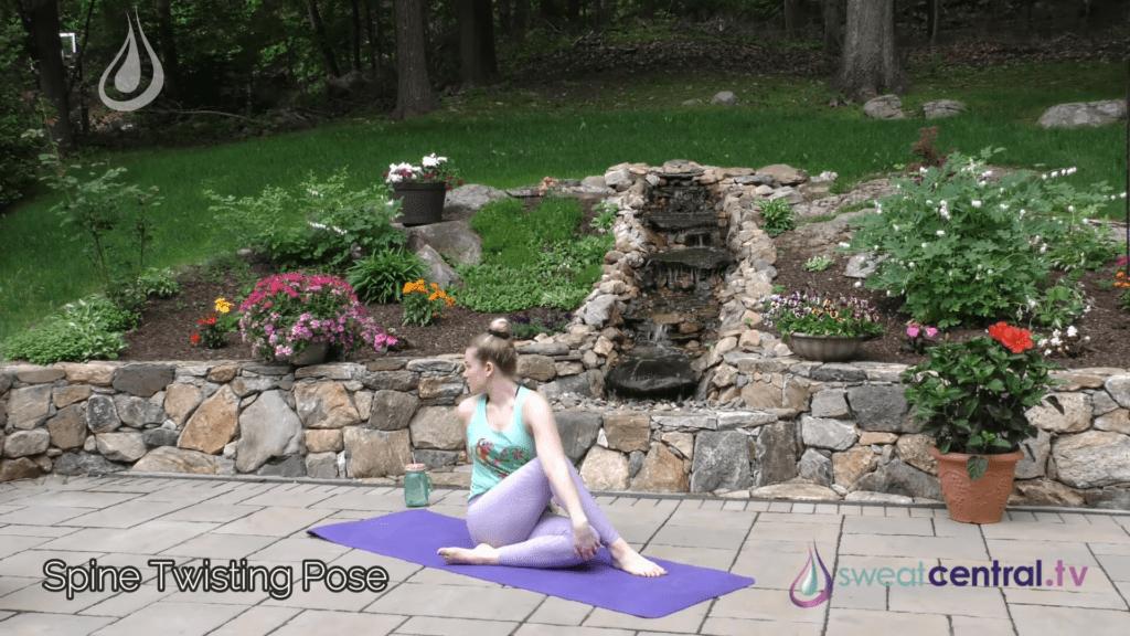 Bikram Yoga Class 30 Minutes. All 26 Bikram Yoga Postures 28 29 screenshot