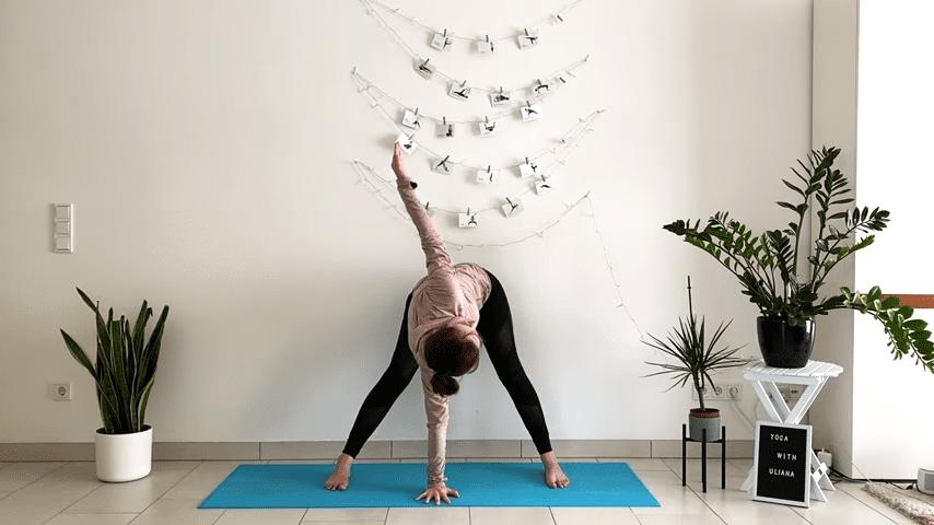 5 MIN STANDING MORNING YOGA STRETCH Yoga without mat Yoga with Uliana 3 11 screenshot