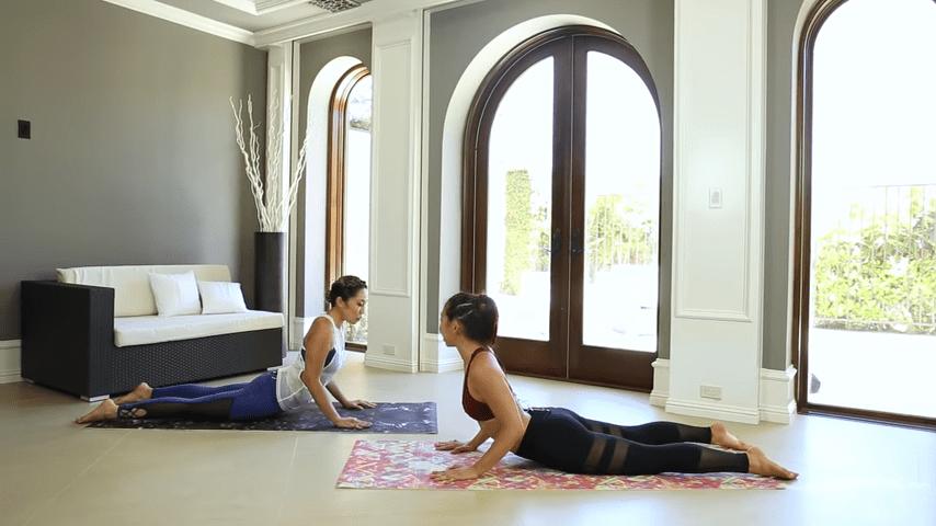 Fun Yoga Routine for Flexibility with Jackelyn Ho 1 45 screenshot