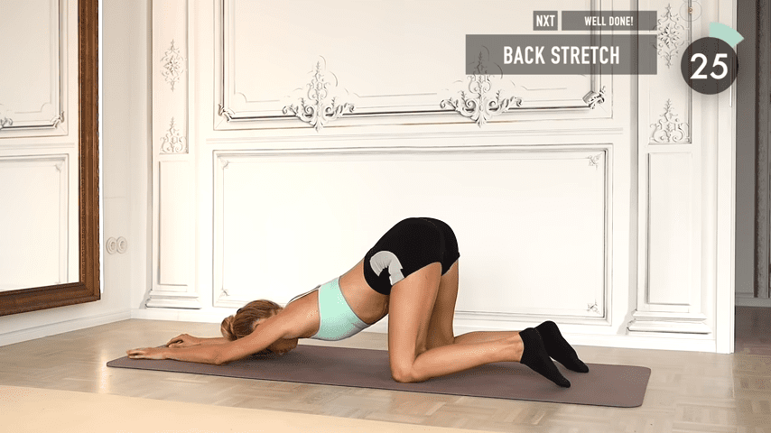 10 MIN ABS YOGA a slow and relaxed workout for super strong abs No Equipment I Pamela Reif 9 50 screenshot