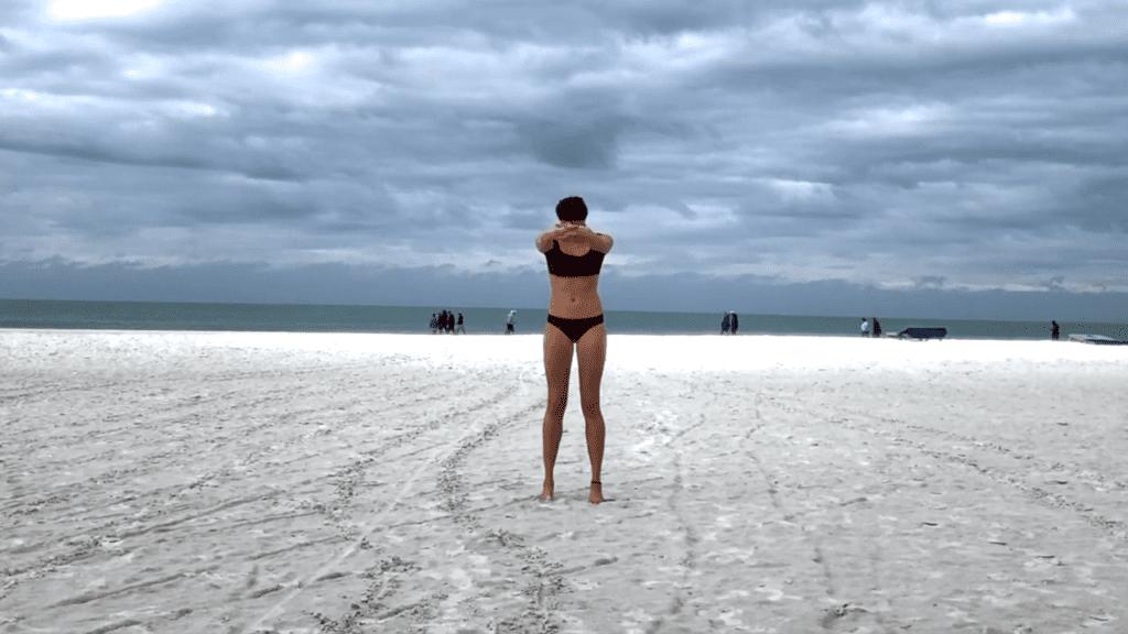 15 min. BEACH YOGA STANDING FLOW 0 53 screenshot