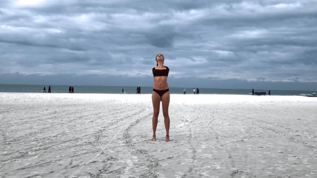 15 min. BEACH YOGA STANDING FLOW 1 2 screenshot