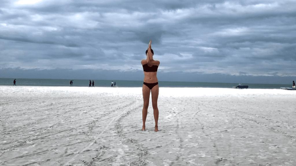 15 min. BEACH YOGA STANDING FLOW 1 21 screenshot