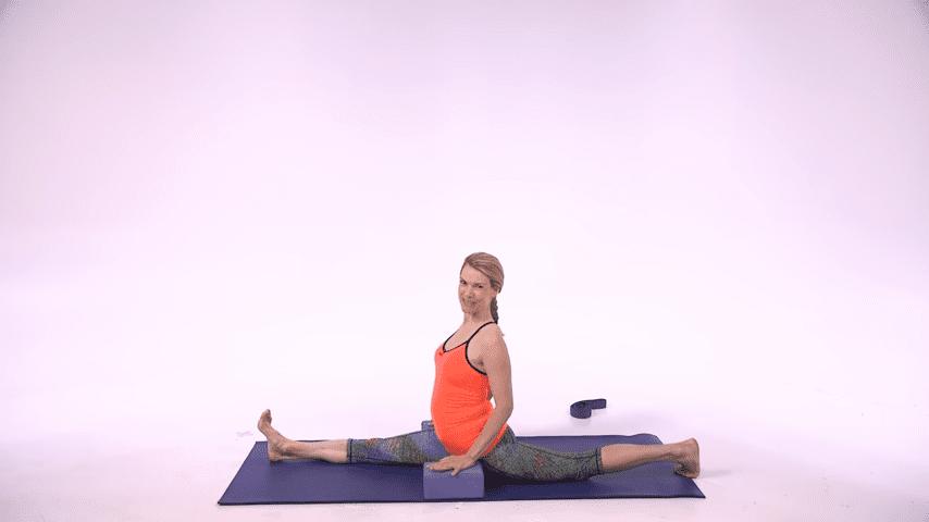 5 Hard Yoga Poses Made Easy Health 2 10 screenshot