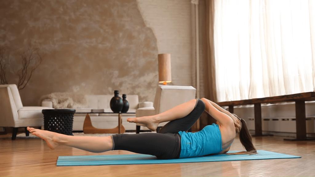 Core Strength Beginner Yoga With Tara Stiles 2 53 screenshot