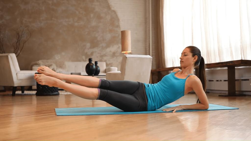 Core Strength Beginner Yoga With Tara Stiles 5 30 screenshot