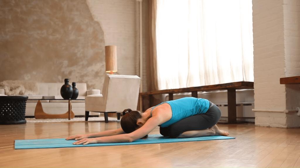Core Strength Beginner Yoga With Tara Stiles 8 7 screenshot