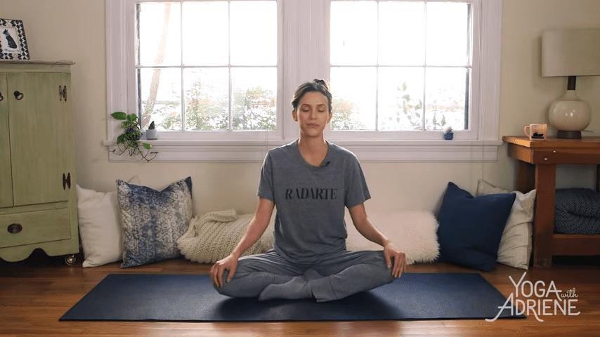 Yoga For Bedtime 20 Minute Practice 0 46 screenshot