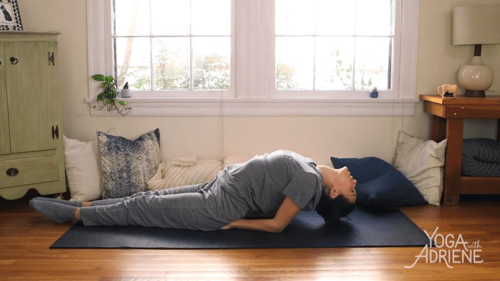 Yoga For Bedtime 20 Minute Practice 17 27 screenshot